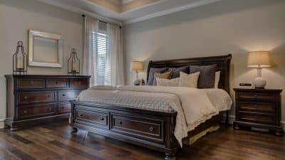 Des lits en bois massif pour sublimer votre chambre !