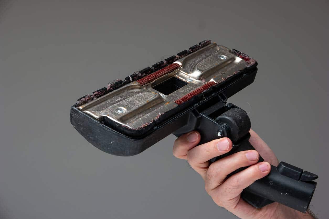réparer aspirateur brosse