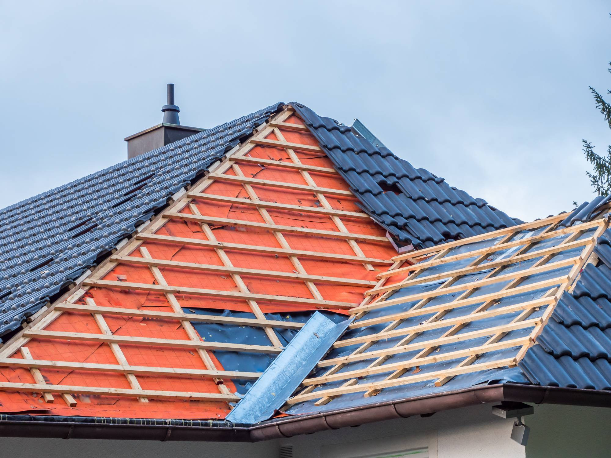 rénovation de toiture maison en bord de mer Nice